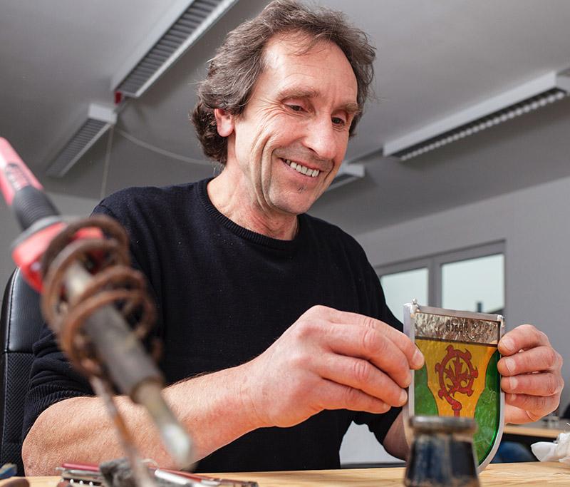 Lothar Grinnus - Glaskünstler mit mehr als 25 Jahren Erfahrung.