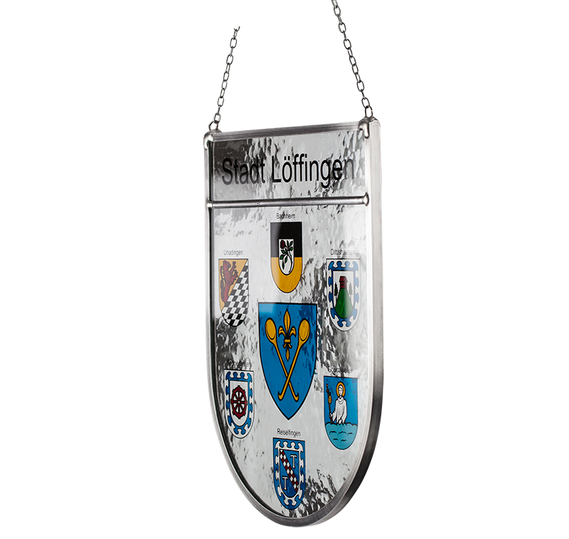 Stadtwappen – Seitliche Aufnahme des Glaswappens für die Stadt Löffingen mit den Partnerstädten Bachheim, Unadingen, Dittishausen, Seppenhofen, Reiselfingen und Göschweiler.